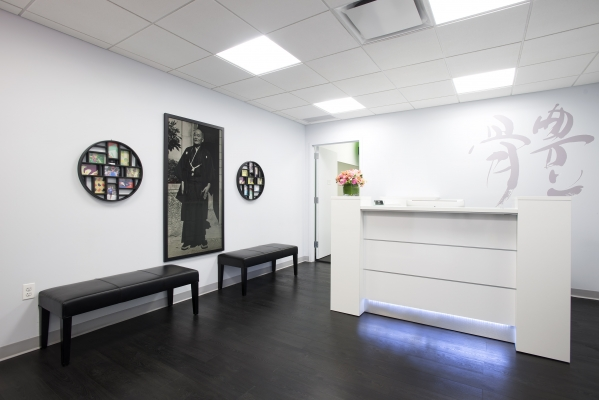 front receptionist Chiropractor NYC image